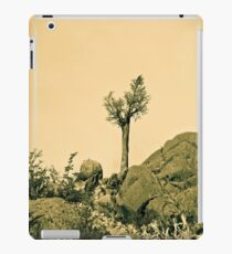 lonely tree. iPad Case/Skin