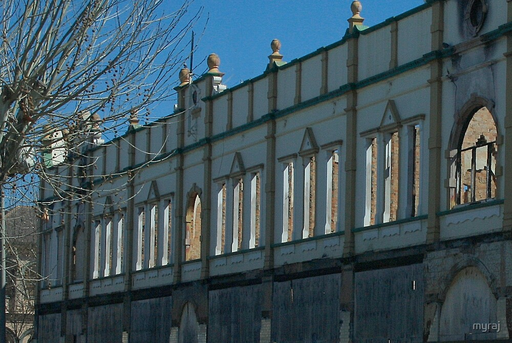 Byron Arcade.  The loss of Inverell's history by myraj