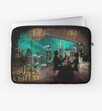 """Vintage"" Bioshock Travel Ad Laptop Sleeve"