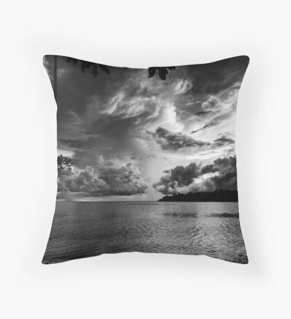 sunset over the gulf Throw Pillow
