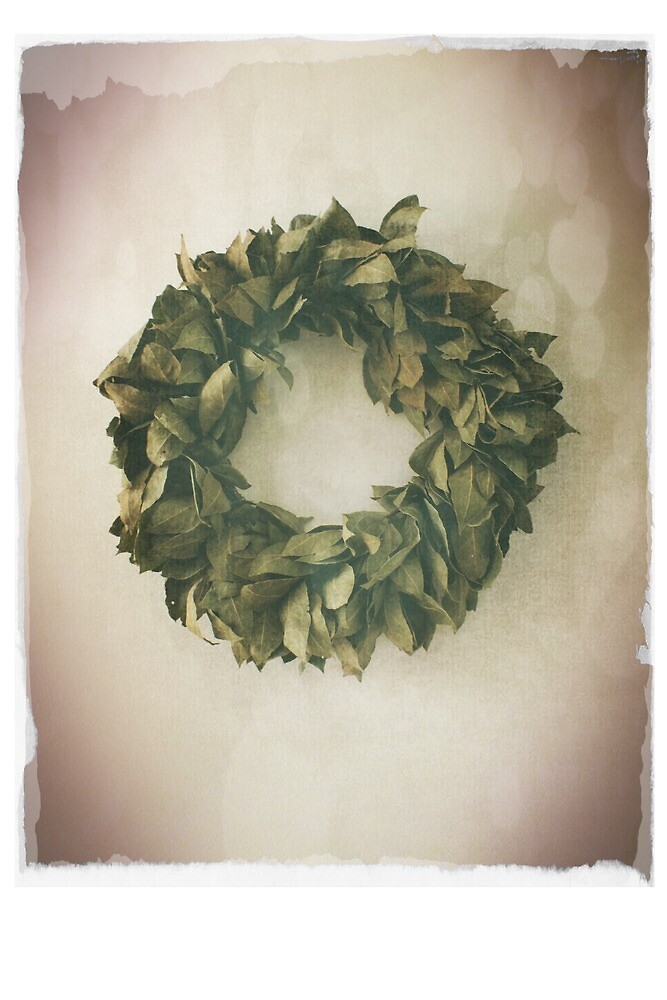 Antique Look Wreath of Dried Bay Leaves by pastpresent