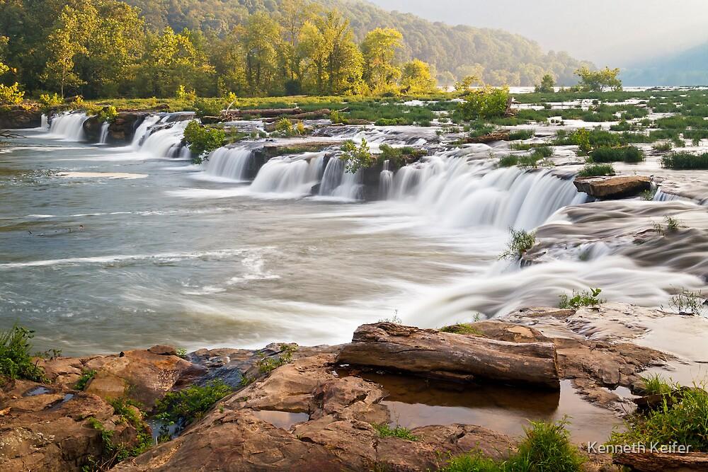 Sandstone Falls on the New River, West Virgina by Kenneth Keifer