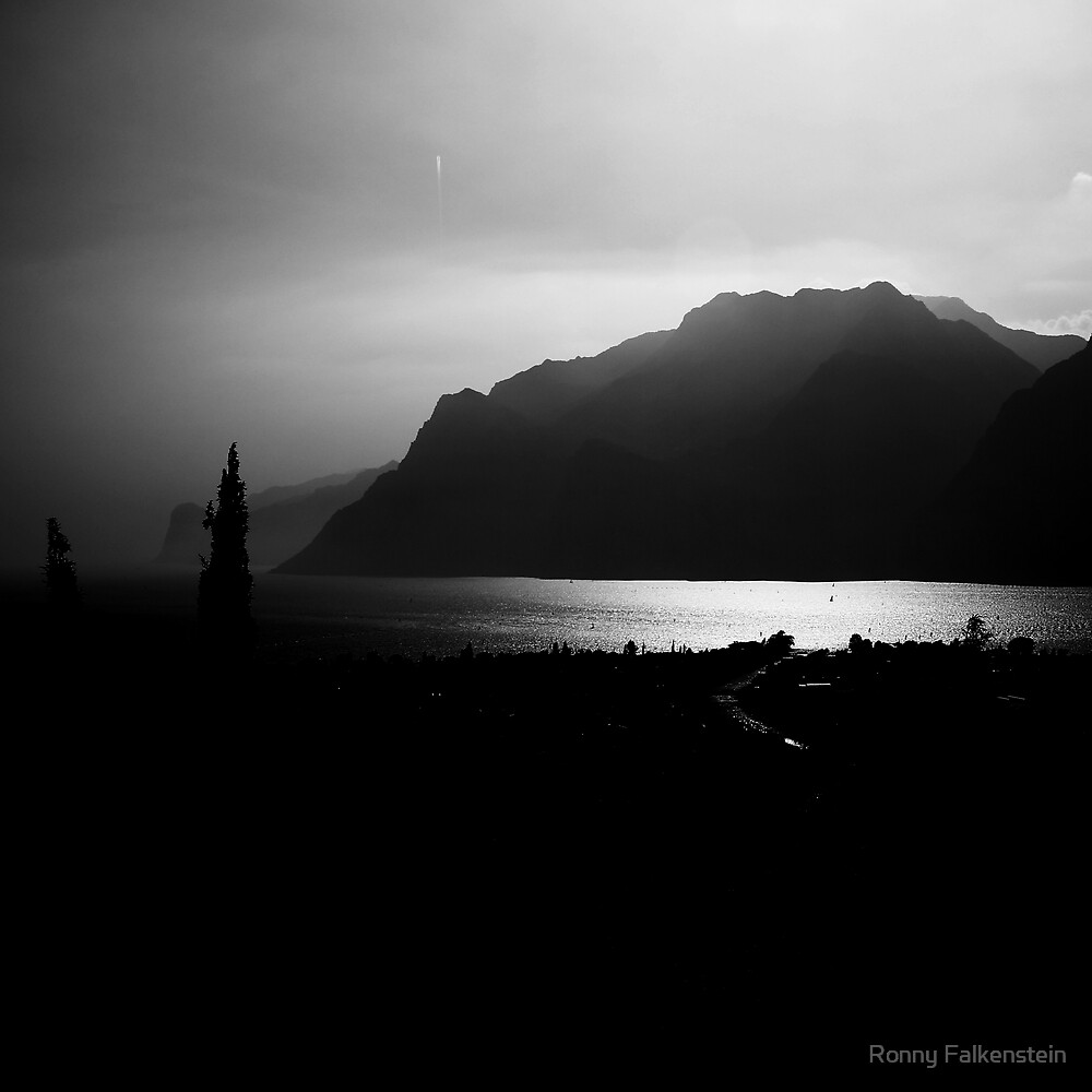 Lake Garda - Italy by Ronny Falkenstein