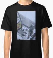 THE LOOKER Classic T-Shirt