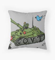 Chine vs Social Media caricature Throw Pillow