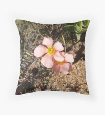 Pienk blomme Throw Pillow