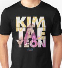 Girls' Generation (SNSD) Taeyeon 'Party' Unisex T-Shirt