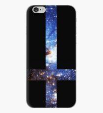 Vinilo o funda para iPhone Cruz invertida galaxia azul
