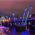 Hungerford Bridge by Stuart  Gennery