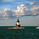 Plum Gut Lighthouse by laurie13