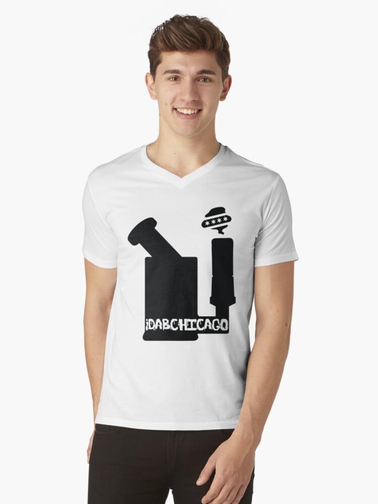 iDabChicago Bubbler Mens V-Neck T-Shirt Front