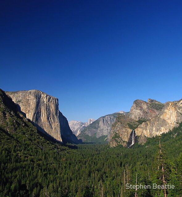 Tunnel View - Blue Bird Evening - Yosemite by Stephen Beattie