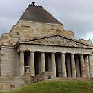 Shrine of Remembrance - Melbourne 2013 by brendanscully