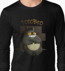 Totobro Long Sleeve T-Shirt