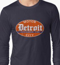 Vintage Detroit (Distressed Design) Long Sleeve T-Shirt