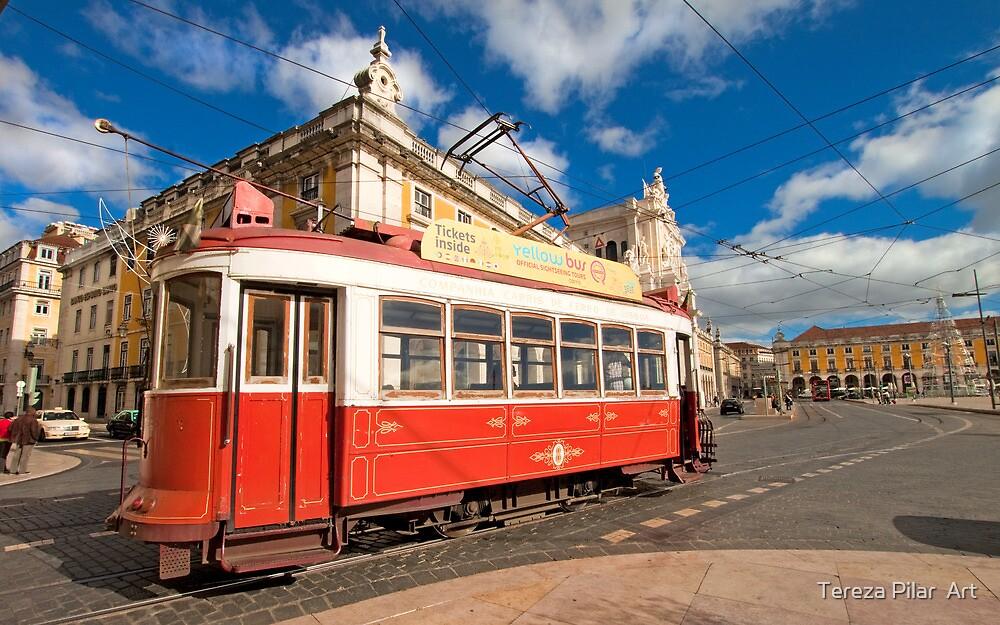 Eléctrico. The tram in Lisbon. by terezadelpilar ~ art & architecture