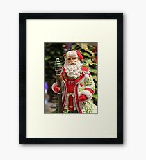 Old Fashioned Santa Claus Framed Print