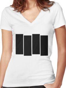 Black Flag shirt Women's Fitted V-Neck T-Shirt