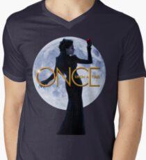 The Evil Queen/Regina Mills - Once Upon a Time Men's V-Neck T-Shirt