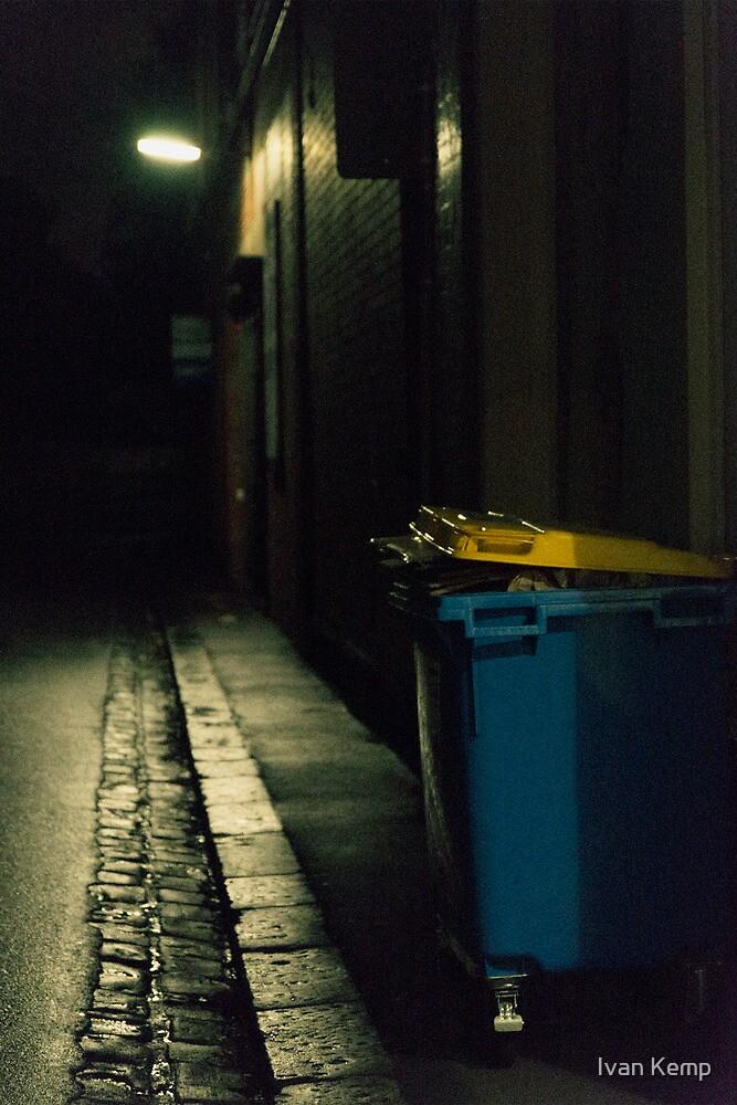 Richmond - Night 4 by Ivan Kemp