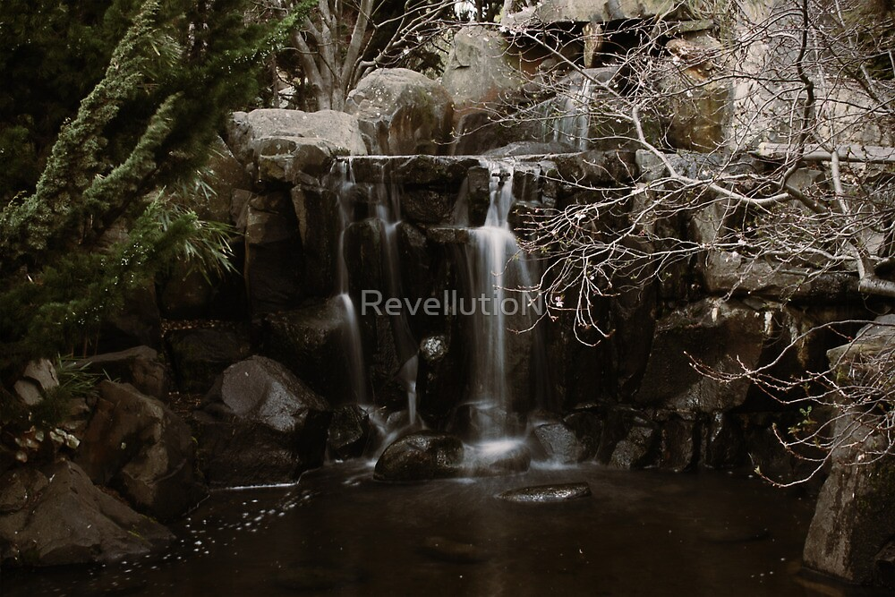 Waterfall by RevellutioN