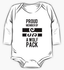 PROUD MEMBER OF A WOLF'S PACK Baby Body Langarm