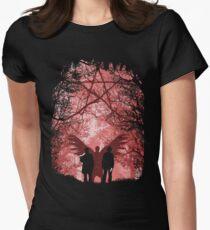 Berühmte Jäger Tailliertes T-Shirt für Frauen