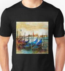 Vintage Travel Photo - 3 T-Shirt