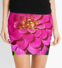 Macro Pink Fuschia Zinnia Flower in the Garden Mini Skirt