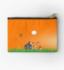 What's going on in the jungle? Studio Pouch