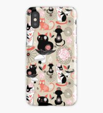 Floral pattern with cats iPhone XS Case