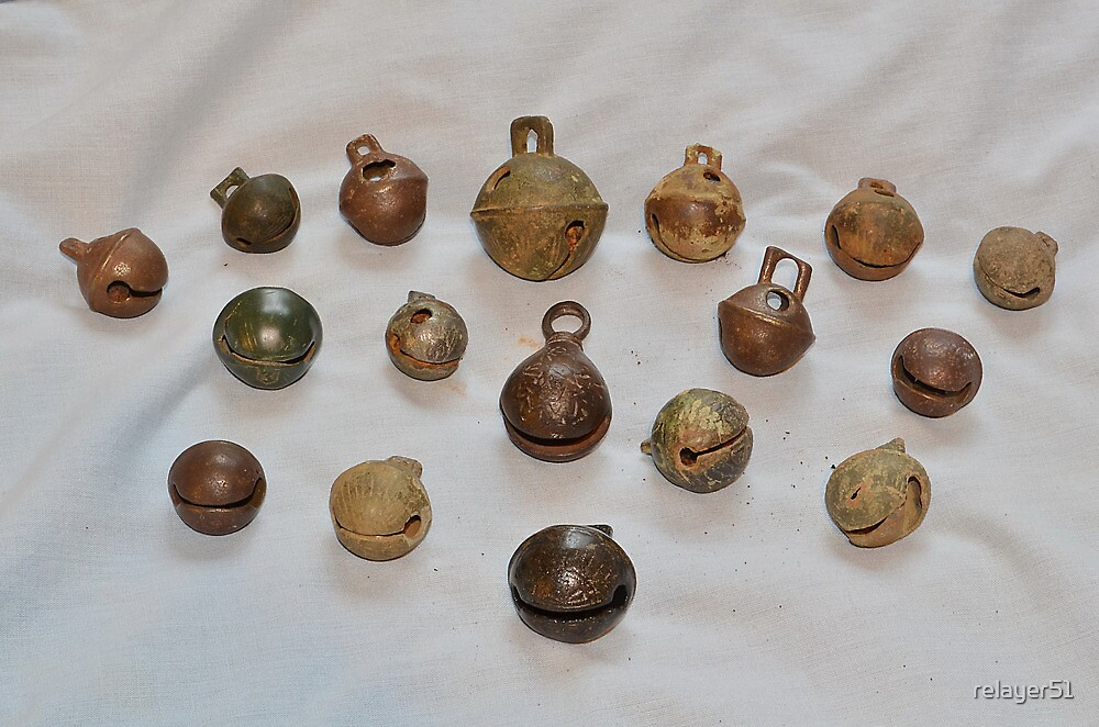 crotal bell dating Find great deals on ebay for crotal bells nice group of six post medieval crotal bells, dating to 17th/18th very rare tudor crotal bell type button once.