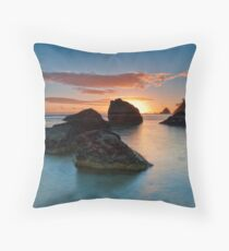 Te Teko Rocks Dawn Throw Pillow