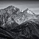 Mount Cook New Zealand by James  Harvie