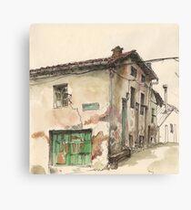 Casa frente a La Cueva Canvas Print