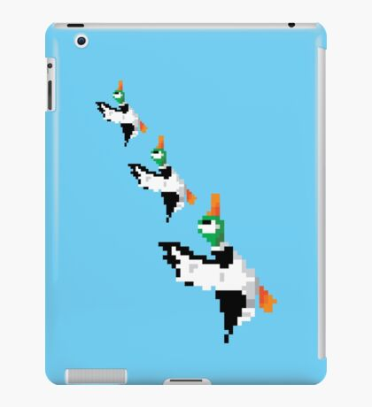 8-Bit Nintendo Duck Hunt 'Trio' iPad Case/Skin
