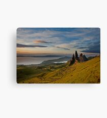 Sunrise on the old man of storr Canvas Print