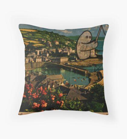 fishing gumbo Throw Pillow
