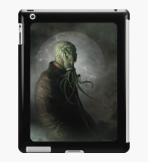 CTHULHU IS WATCHING iPad Case/Skin