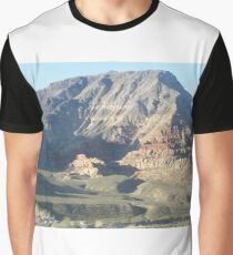 magestic mountain Graphic T-Shirt