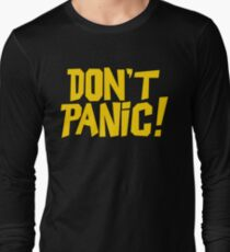 The Hitchhikers Guide to the Galaxy - Don't Panic T-Shirt