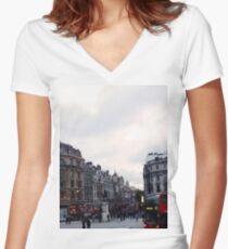 London- Trafalgar Square Women's Fitted V-Neck T-Shirt