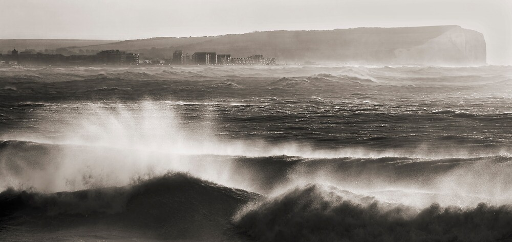 Angry shores by janwyl
