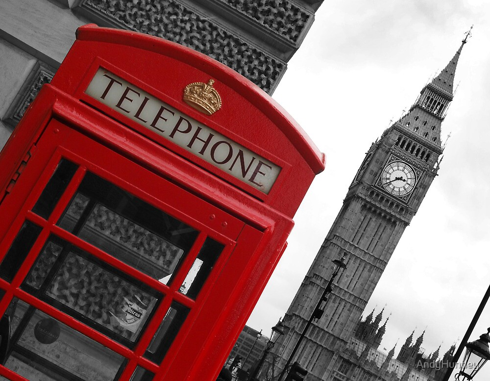 Phone box in London by AndyHuntley
