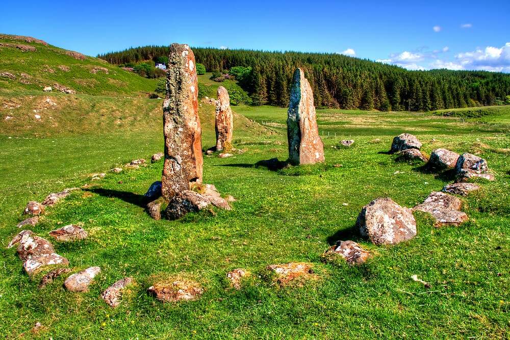 Glengorm Stone Circle by Stephen Smith