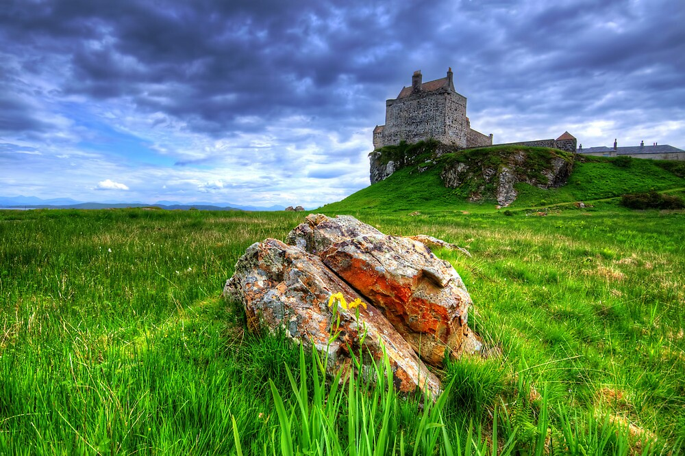 Duart Castle by Stephen Smith