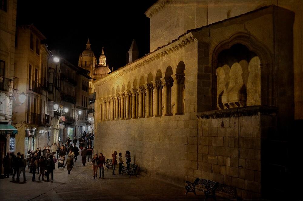 Segovia at night by rentedochan