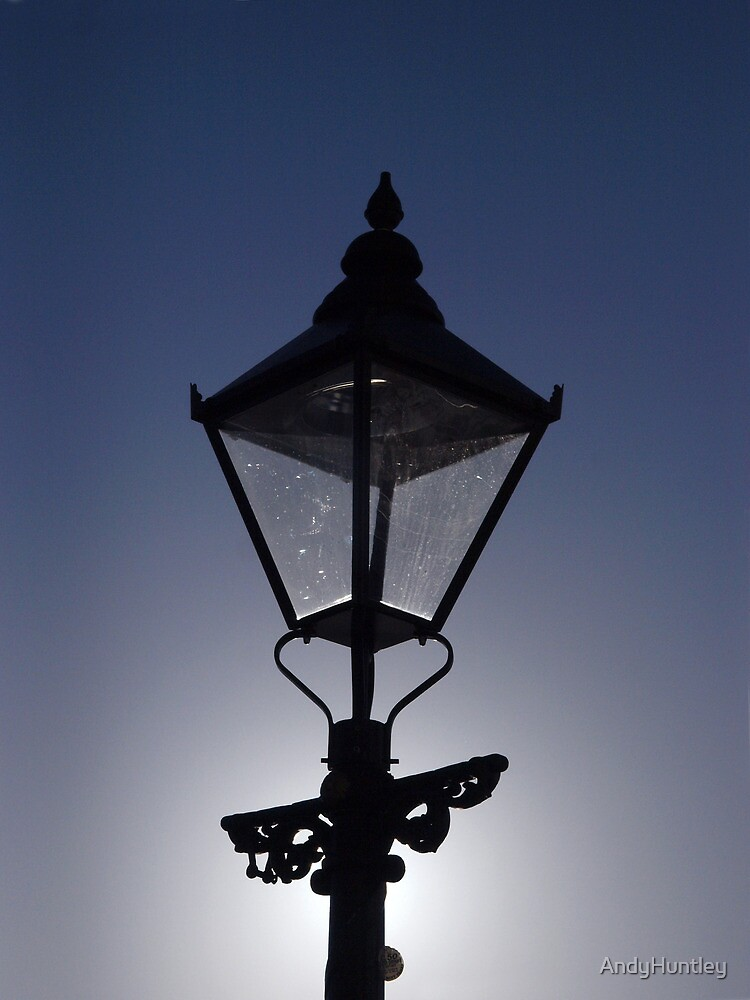 Lamp Light by AndyHuntley