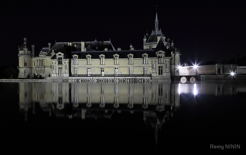 Chantilly, the castle over the water by Remy NININ