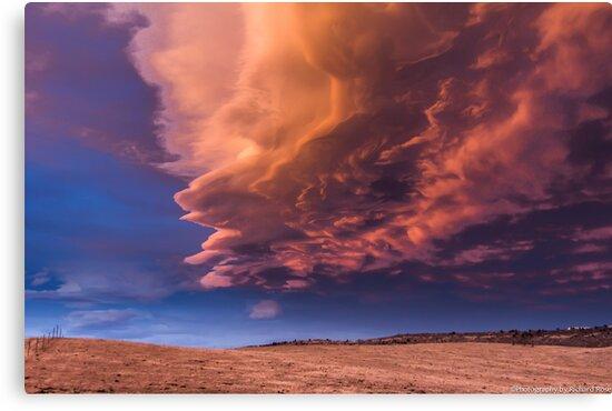 Cloud Burst  by 2oceans1